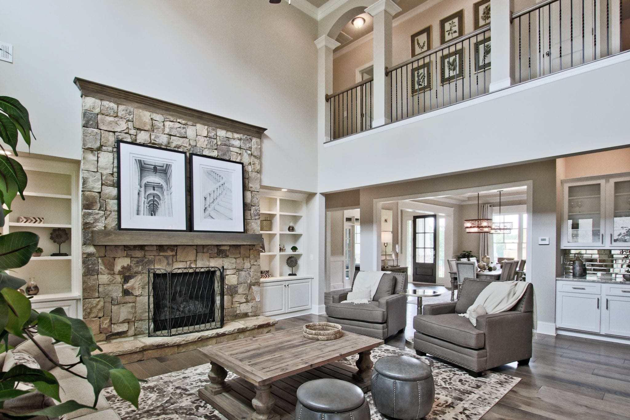 Great Rooms - 2 Story High or Just Raised with a Loft or ...