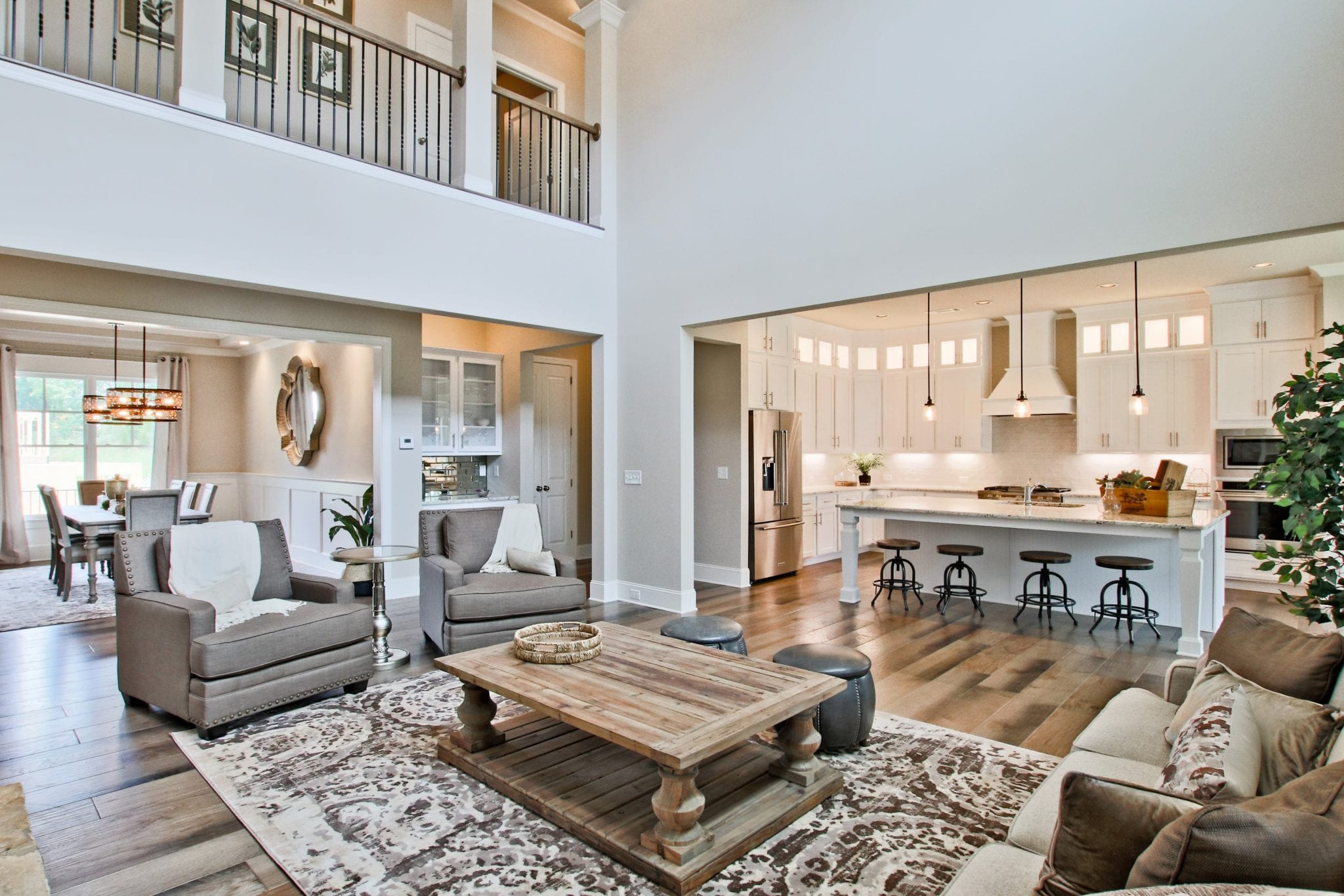 Great Rooms 2 Story High Or Just Raised With A Loft Or