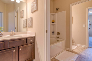 Arlington_II_By_Chafin_Communities_Bath-Up-3