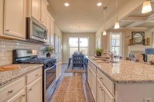 Arlington_II_By_Chafin_Communities_Kitchen-3
