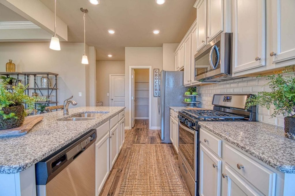 Arlington_II_By_Chafin_Communities_Kitchen-5