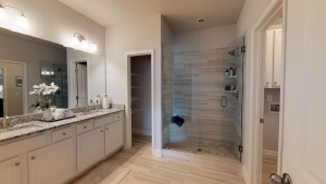 Brentwood-by-Chafin-Communities_Owners-Bath-1