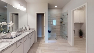 Brentwood-by-Chafin-Communities_Owners-Bath-4