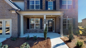 Brunswick-I-by-Chafin-Communities_Model-at-Mundy-Mill-Frotn-Porch