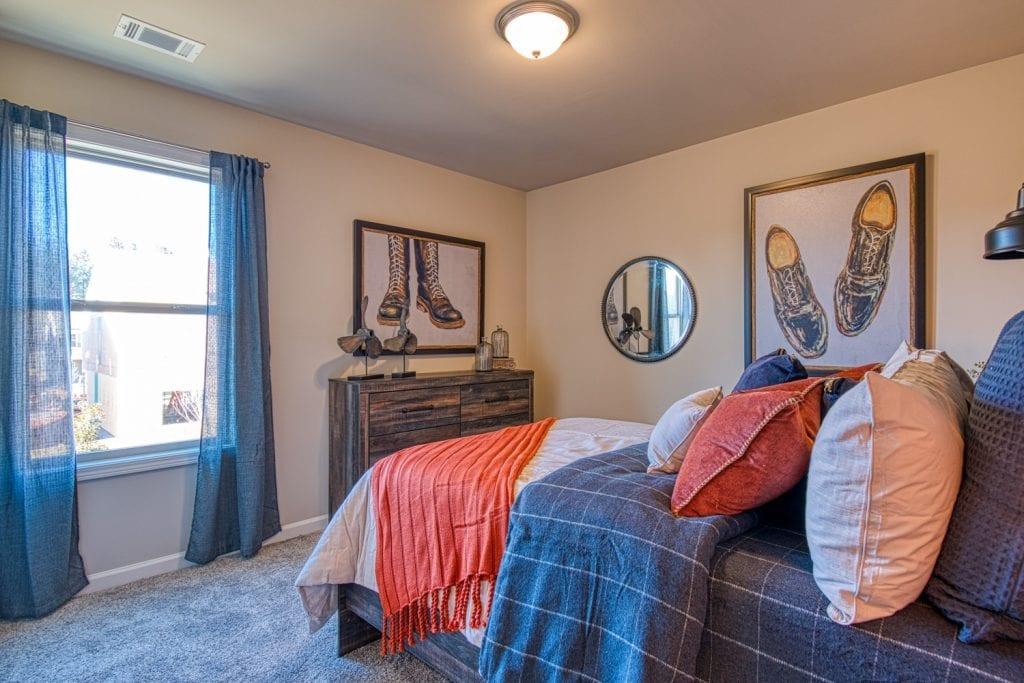 20-Davenport-Chafin-Communities-Bedroom-3