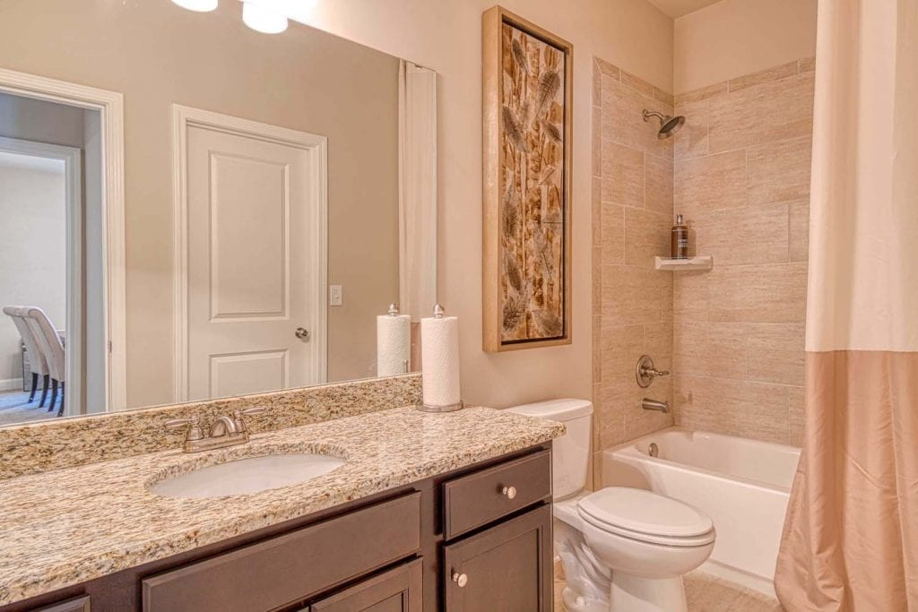 24-Parkside-by-Chafin-Communities-Model-at-BAthSuite-on-Main