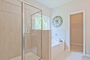 33-Carlson-Model-Mulbbery-Park-by-Chafin-Communiteis-Owners-Bath