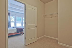 35-Carlson-Model-Mulbbery-Park-by-Chafin-Communiteis-Owners-Closet