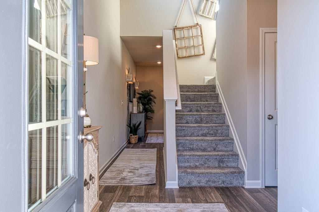 4-Davenport-Chafin-Communities-Entry-Foyer-to-Stairs
