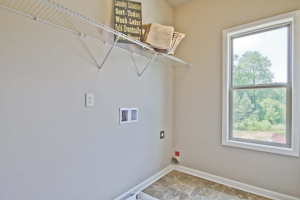 41-Carlson-Model-Mulbbery-Park-by-Chafin-Communiteis-Laundry-Room-Up