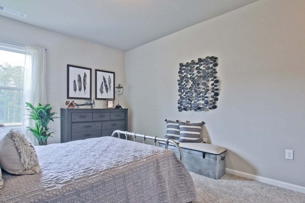 41-Turnbridge-Model-at-Village-at-Ivy-Springs-By-Chafin-Commiunities-Secondary-Bedroom-with-Jack-Jill-Bath-2