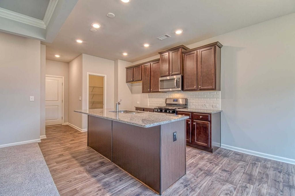 Arlington-II_By_Chafin_Communities_Kitchen1