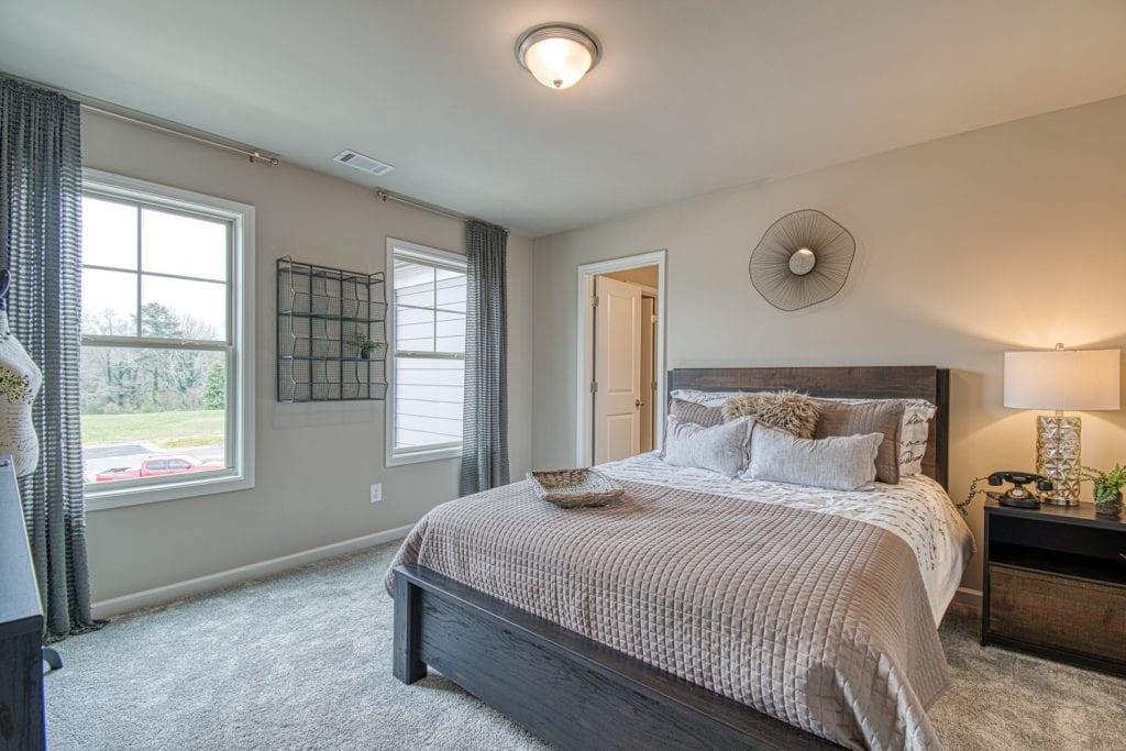 33-Hammond-Chafin-Communities-Bedroom-4